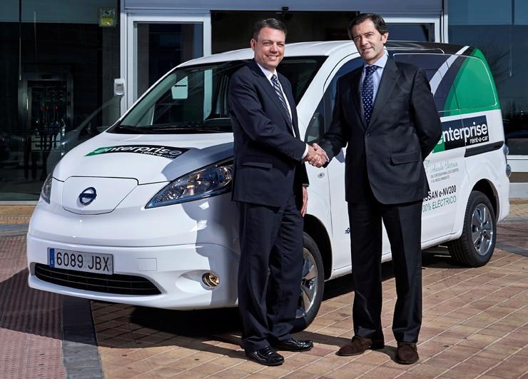 Enterprise rent a car incorpora una nissan e nv200 para su for Oficinas enterprise